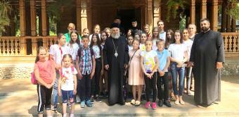 """Tabăra de vară pentru activități cu tinerii la Așezământul """"Sf. Pantelimon"""" - Lacu Sărat, județul Brăila"""