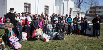 """Programul social-filantropic """"Ne înnoim de Sfintele Paşti"""" continuă în Eparhia Dunării de Jos"""