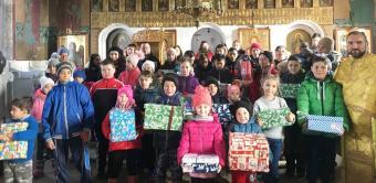 Program filantropic pentru 70 de copii din satul Costieni, judeţul Galaţi